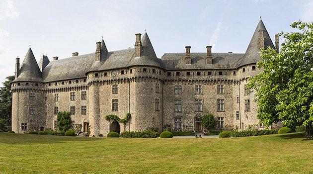 Le château et Haras national de Pompadour, monument préféré des Français ?