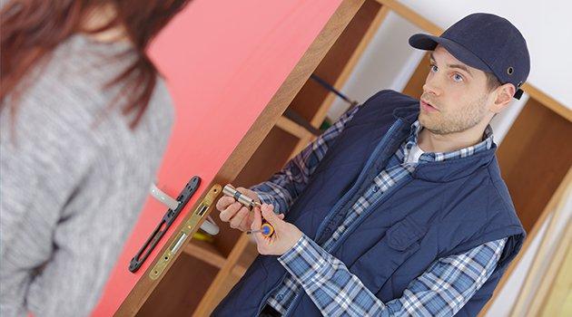Dépannage à domicile : affichage des tarifs obligatoire sur internet