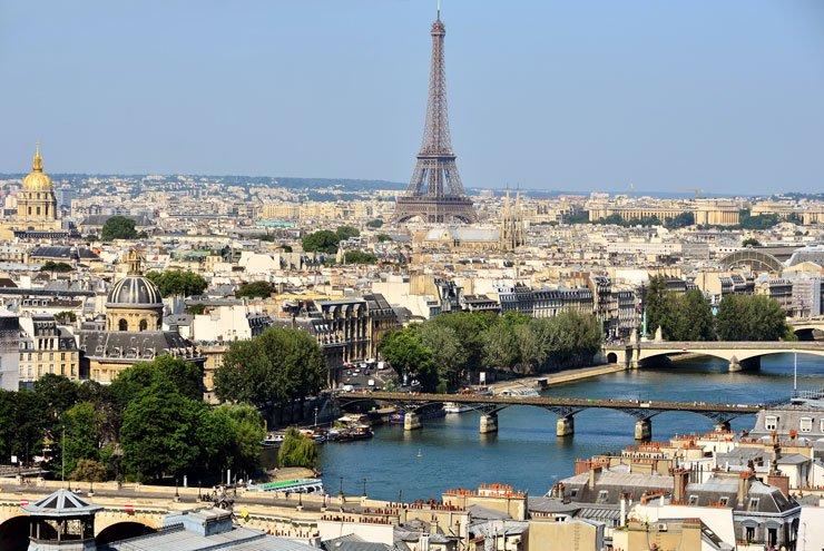 La Ville de PARIS attaque Airbnb