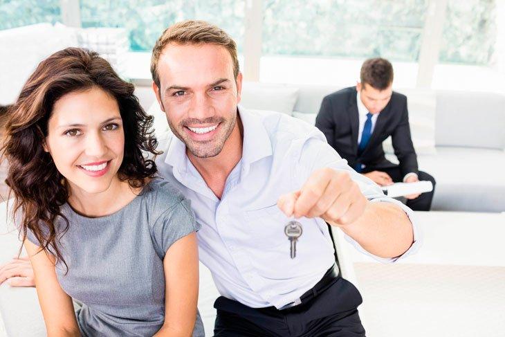 Acheter et se marier - 2 actes qui engagent aussi fortement les Français