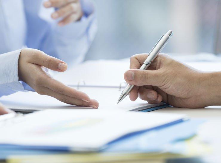 Comment signer un acte par procuration ?