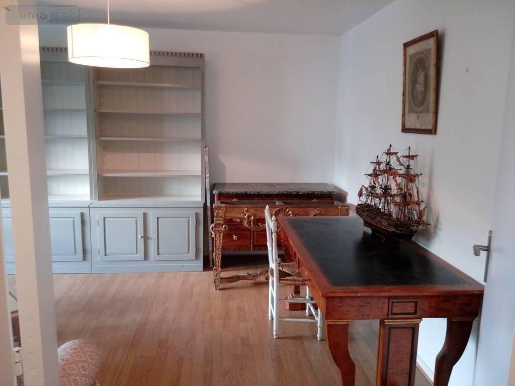 achat appartement a vendre vannes 56000 morbihan 54 m2 2. Black Bedroom Furniture Sets. Home Design Ideas