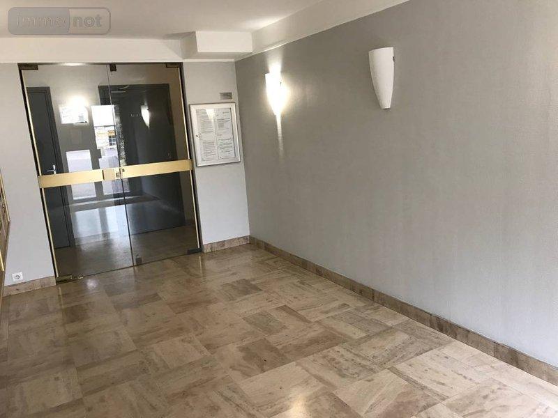 achat appartement a vendre dijon 21000 c te d 39 or 30 m2 1 pi ce 88000 euros. Black Bedroom Furniture Sets. Home Design Ideas