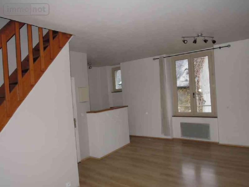 achat appartement a vendre bourges 18000 cher 30 m2 2 pi ces 42400 euros. Black Bedroom Furniture Sets. Home Design Ideas