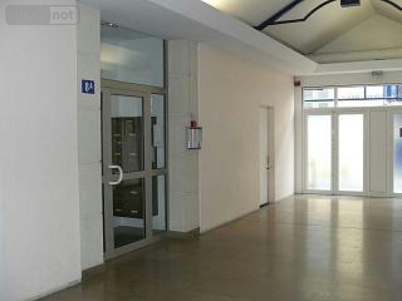 location appartement chalon sur sa ne 71100 sa ne et loire 60 m2 3 pi ces 480 euros. Black Bedroom Furniture Sets. Home Design Ideas