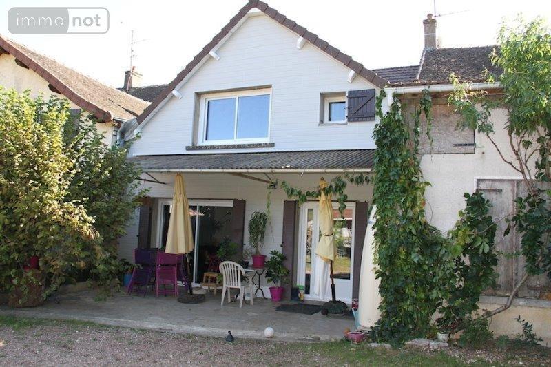 viager maison givry 71640 sa ne et loire 150 m2 5 pi ces 40000 euros. Black Bedroom Furniture Sets. Home Design Ideas