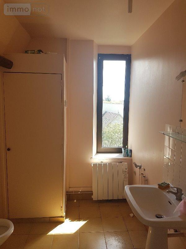 achat appartement a vendre montereau fault yonne 77130 seine et marne 66 m2 3 pi ces 120750 euros. Black Bedroom Furniture Sets. Home Design Ideas