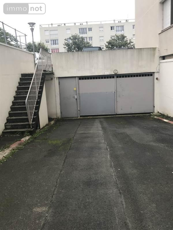 Achat garage parking a vendre caen 14000 calvados 9000 for Credit achat garage