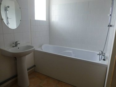 maison a vendre aire sur la lys 62120 pas de calais 21 pi ces 330 m2 351572 euros. Black Bedroom Furniture Sets. Home Design Ideas