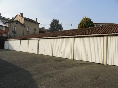 Location garage et parking Meximieux 01800 Ain 14 m2  66 euros